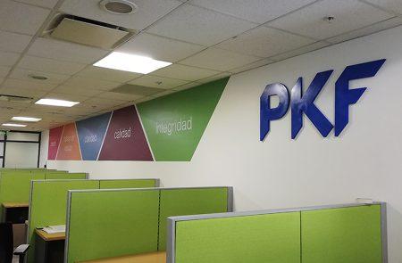 Instalación Adhesivo y Letras Volumétricas, PKF