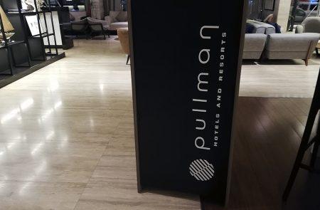 Letras Volumétricas, Pullman Hotel