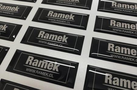 Adhesivos con Resina, Ramek