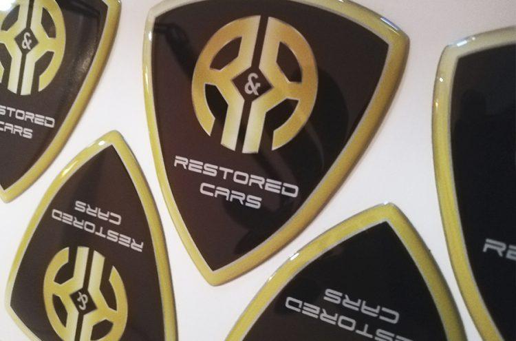 Adhesivos con Resina, Restored Cars